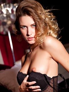 Hotty Girl Pussy Beau M